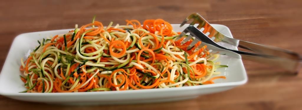 leckere Gemüsenudeln selbstgemacht gesund und einfach